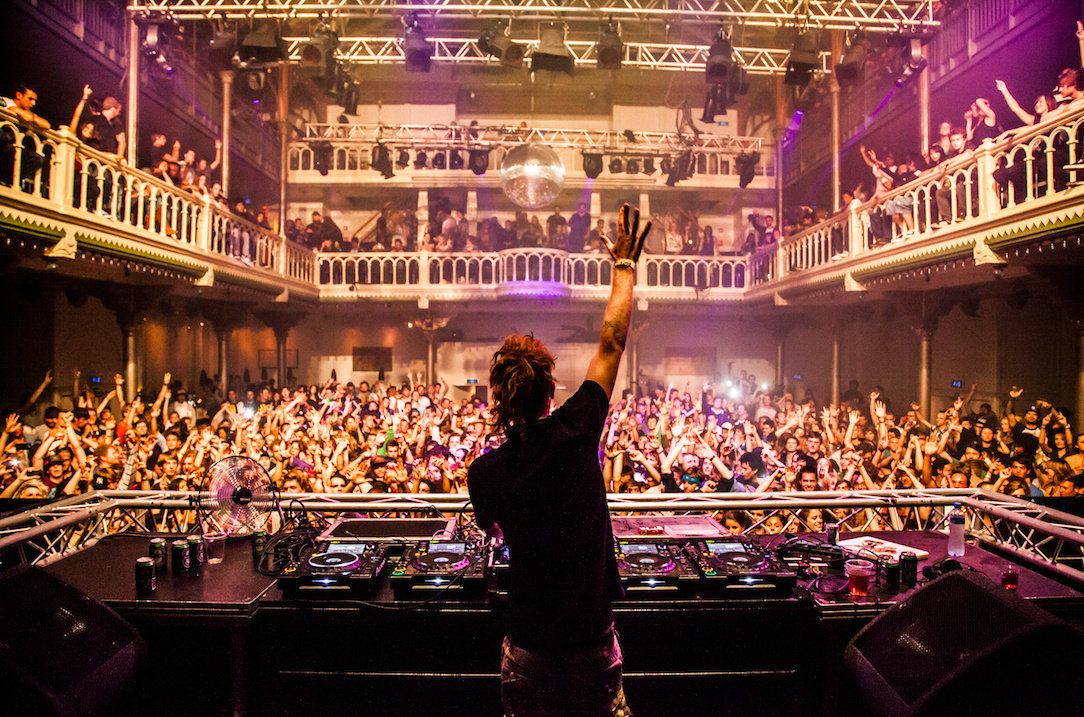 amsterdam s most legendary clubs thump